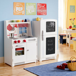 LAND OF NOD KIDS KITCHEN AND GROCERY